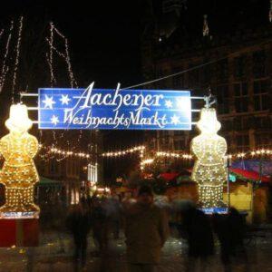 Kerstmarkt: Aken (Aachen)